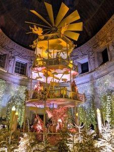 Grand Salon décoré aux couleurs de Noël