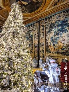 Vaux-le-Vicomte fête Noël - décorations et sapin de Noël