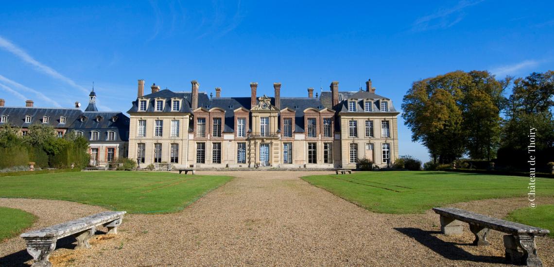 Vue de face sur le Château