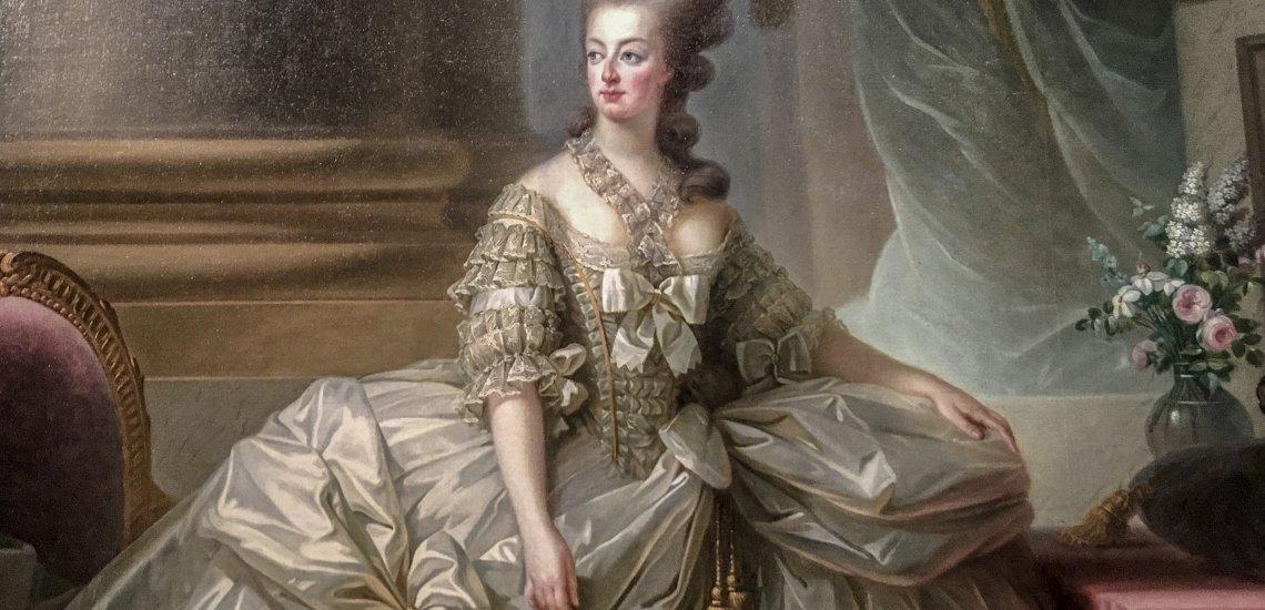 Marie-Antoinette en grand habit de cour